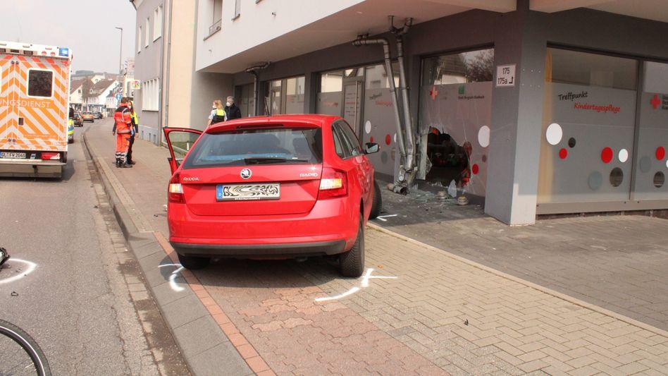 Unglücksstelle in Bergisch Gladbach: Alle Kinder unverletzt