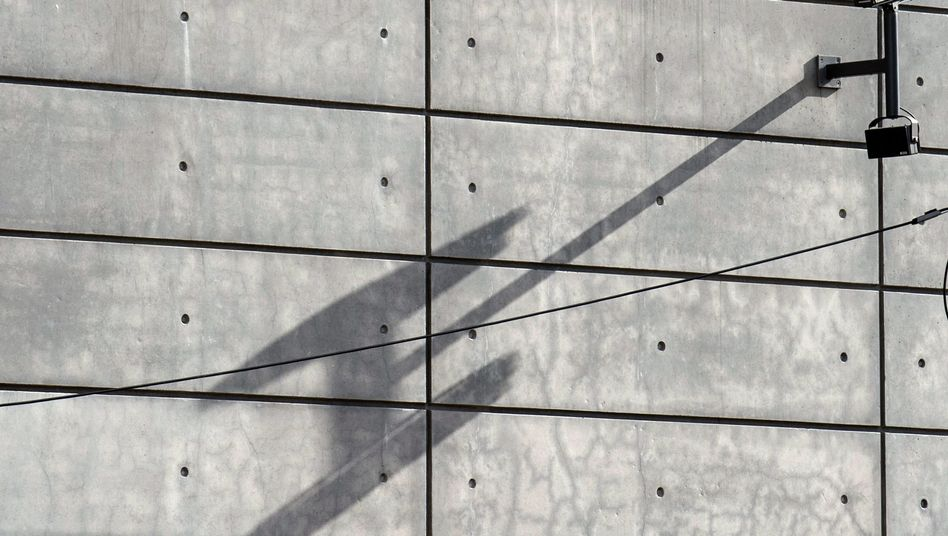 """Kamera an neuer BND-Zentrale: """"Willfähriges Werkzeug"""" der Amerikaner?"""