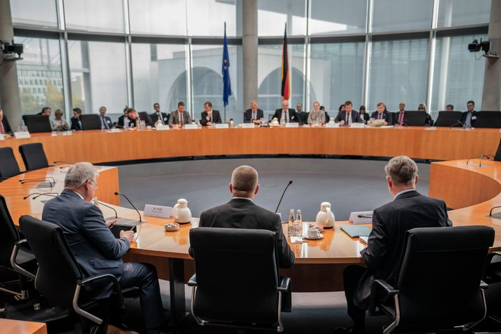 Öffentliche Anhörung des Parlamentarischen Kontrollgremiums (Foto vom Oktober 2019)