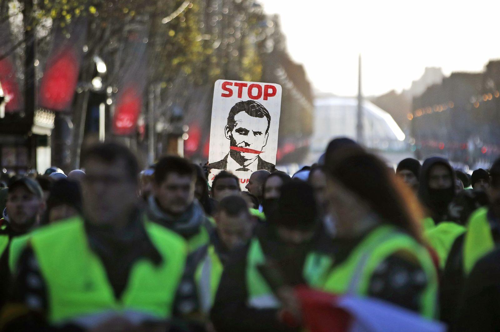 """""""Gilets jaunes"""" Proteste Frankreich"""