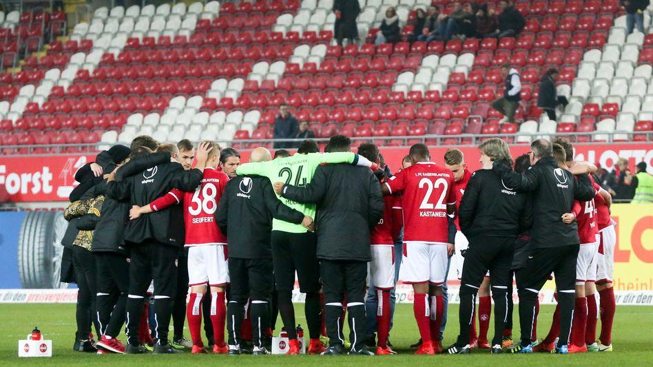 Spieler und Betreuer des 1. FC Kaiserslautern