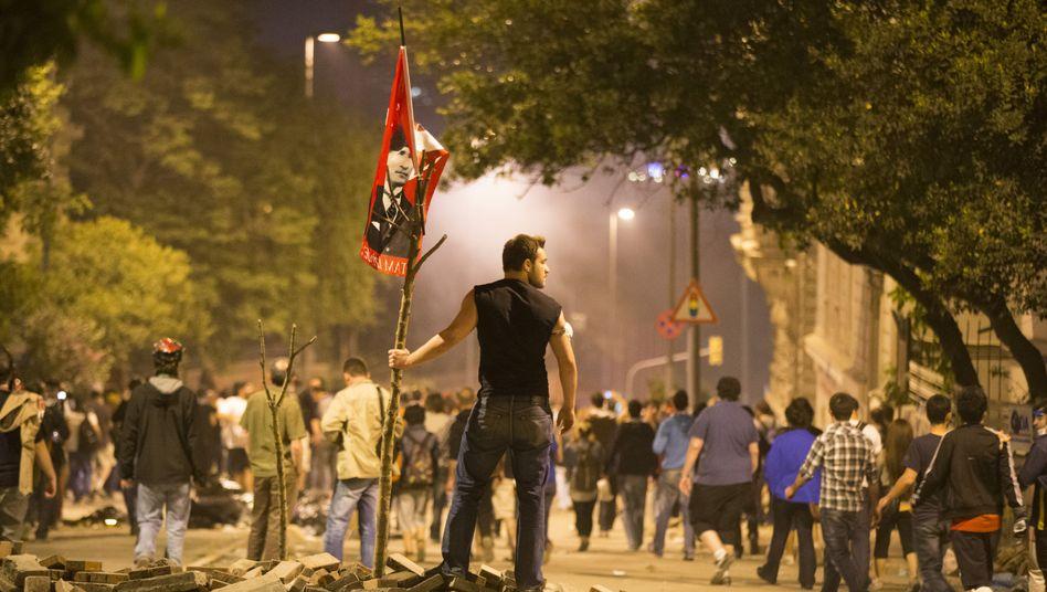 Protest gegen Erdogan: TV-Sender meldet Tod eines 22-jährigen Demonstranten