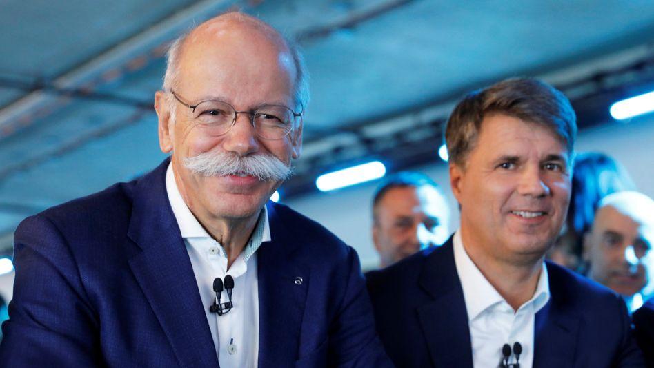 Daimler-Chef Dieter Zetsche (links) und BMW-Chef Harald Krüger (rechts)