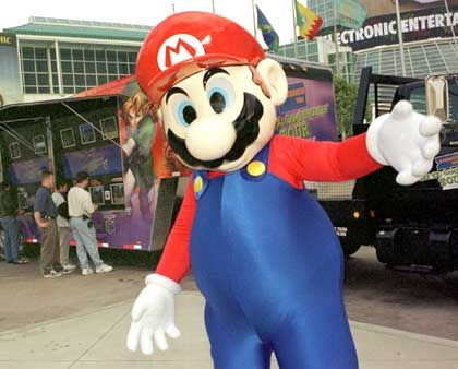 E3 in Los Angeles: Nie wieder Messebabes?