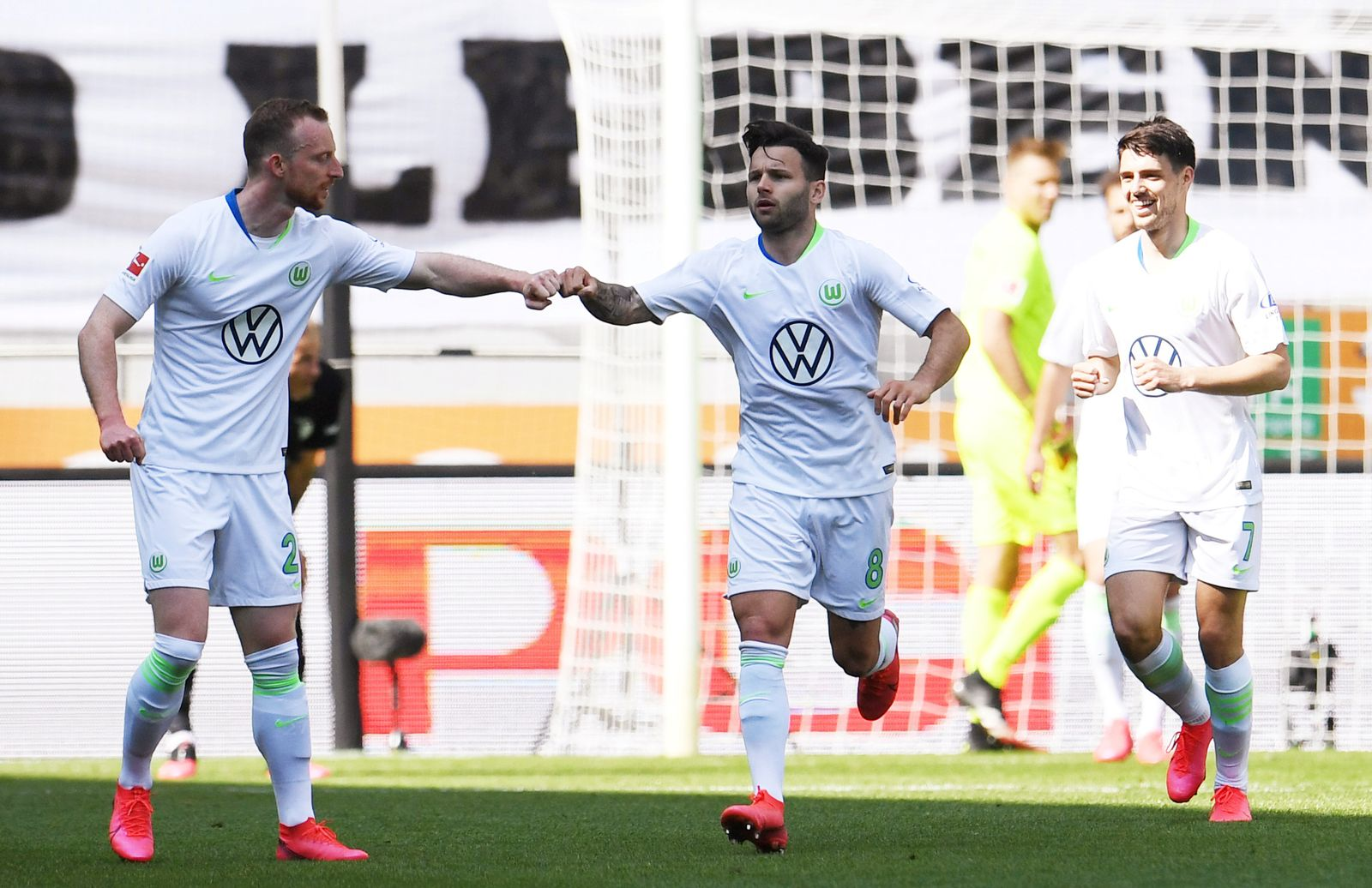 Bundesliga - FC Augsburg v VfL Wolfsburg