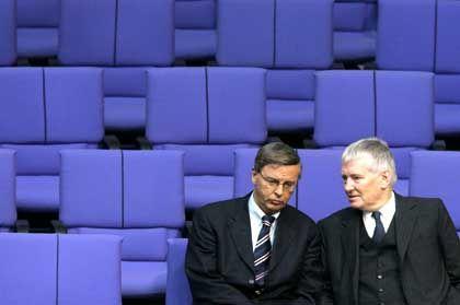 Innenpolitiker Bosbach und Schily: Wenig Kampflinien
