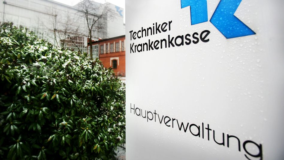 Eingang der TK-Hauptverwaltung: Junge Mitgliederschaft