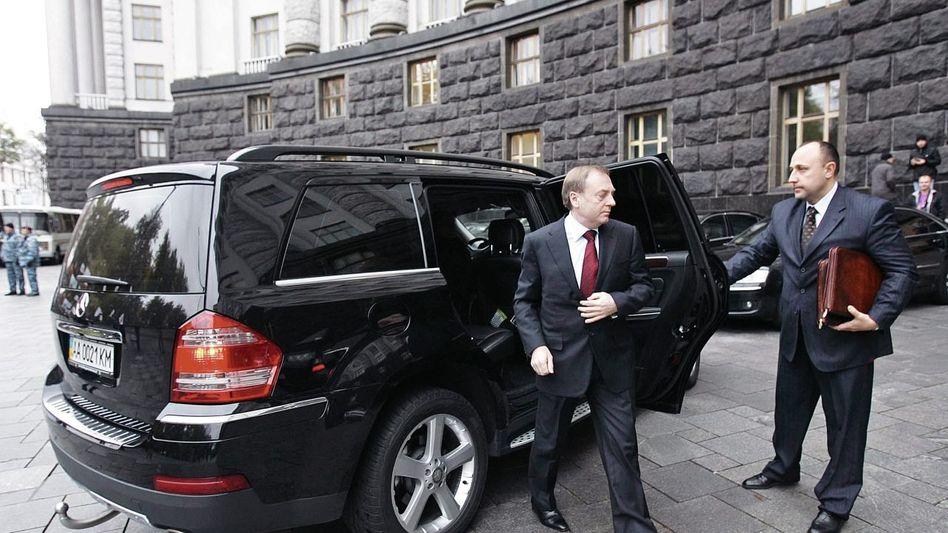 Minister Lawrinowitsch, Mercedes GL: Lukratives Geschäftsfeld der Russenmafia