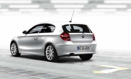 BMW 1er: Erstmals fährt der Kompaktwagen nun auch in einer dreitürigen Version vor