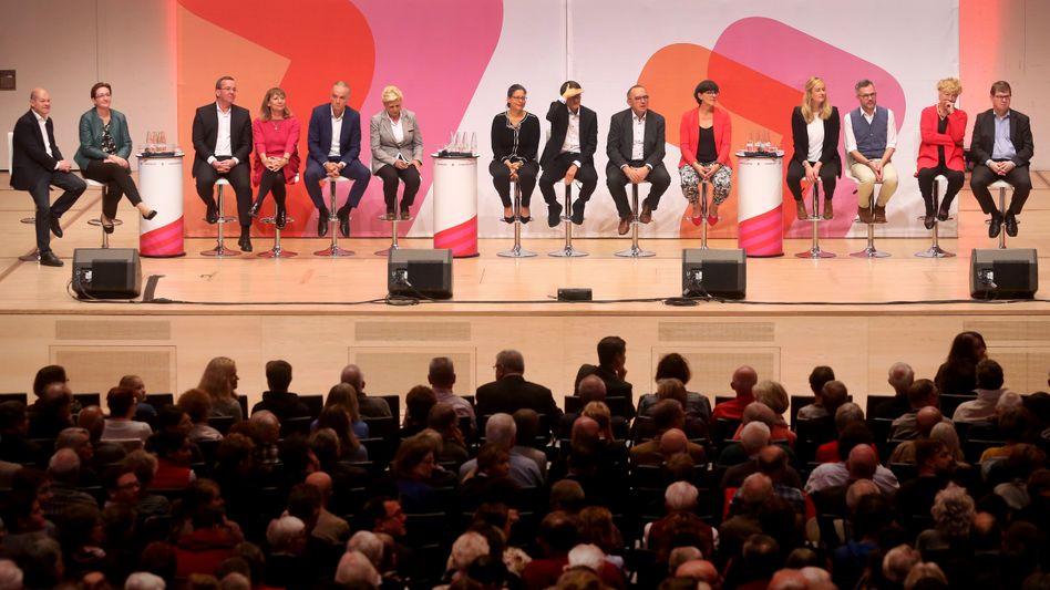 Derzeit konkurrieren mehrere Duos um den Parteivorsitz in der SPD. Bei der zugehörigen Online-Mitgliederbefragung kommt allerdings ein umstrittenes Wahlverfahren zum Einsatz