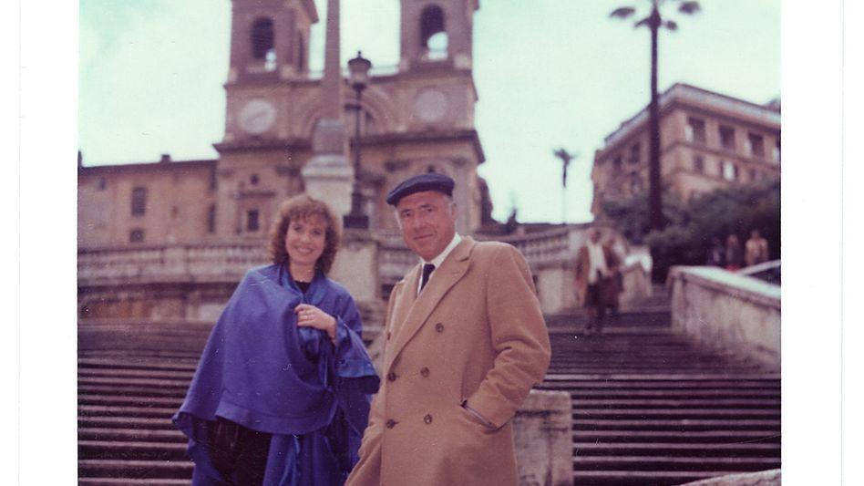 Autorin Friederike Roth, Verlagschef Unseld in Rom 1984:Mit Worten foltern