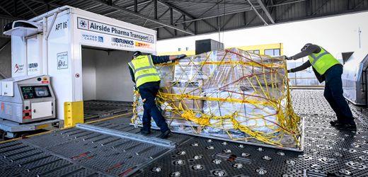 Corona-Impfstoff: Flughafen Brüssel bereitet Lieferung nach Großbritannien vor