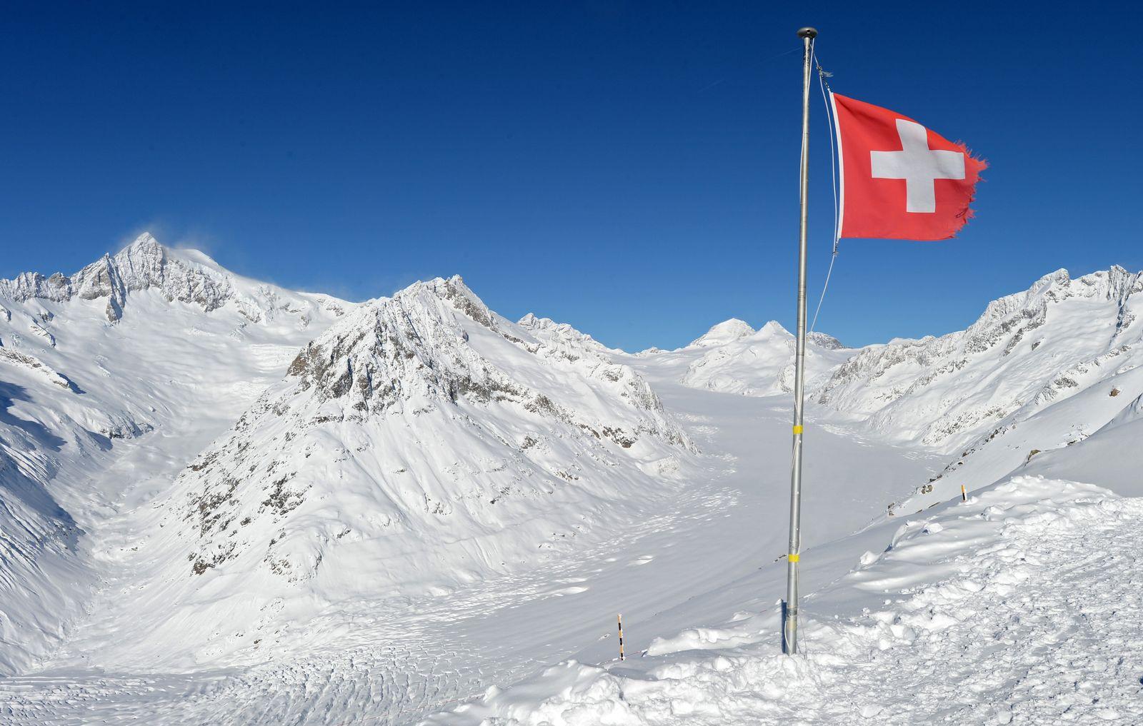 Grundeinkommen/ Schweiz