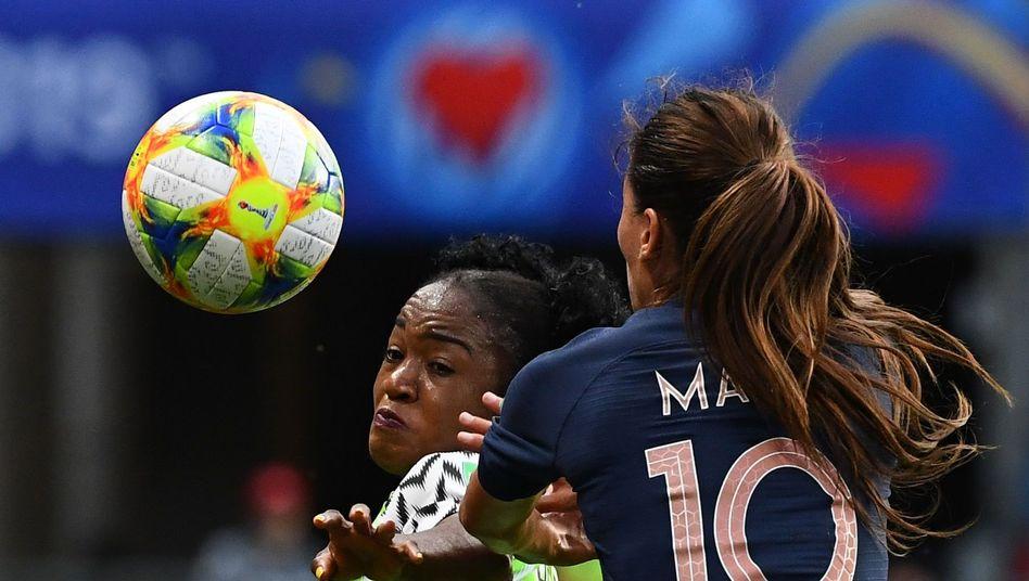 Nigeria müht sich gegen Frankreich - letztlich vergebens