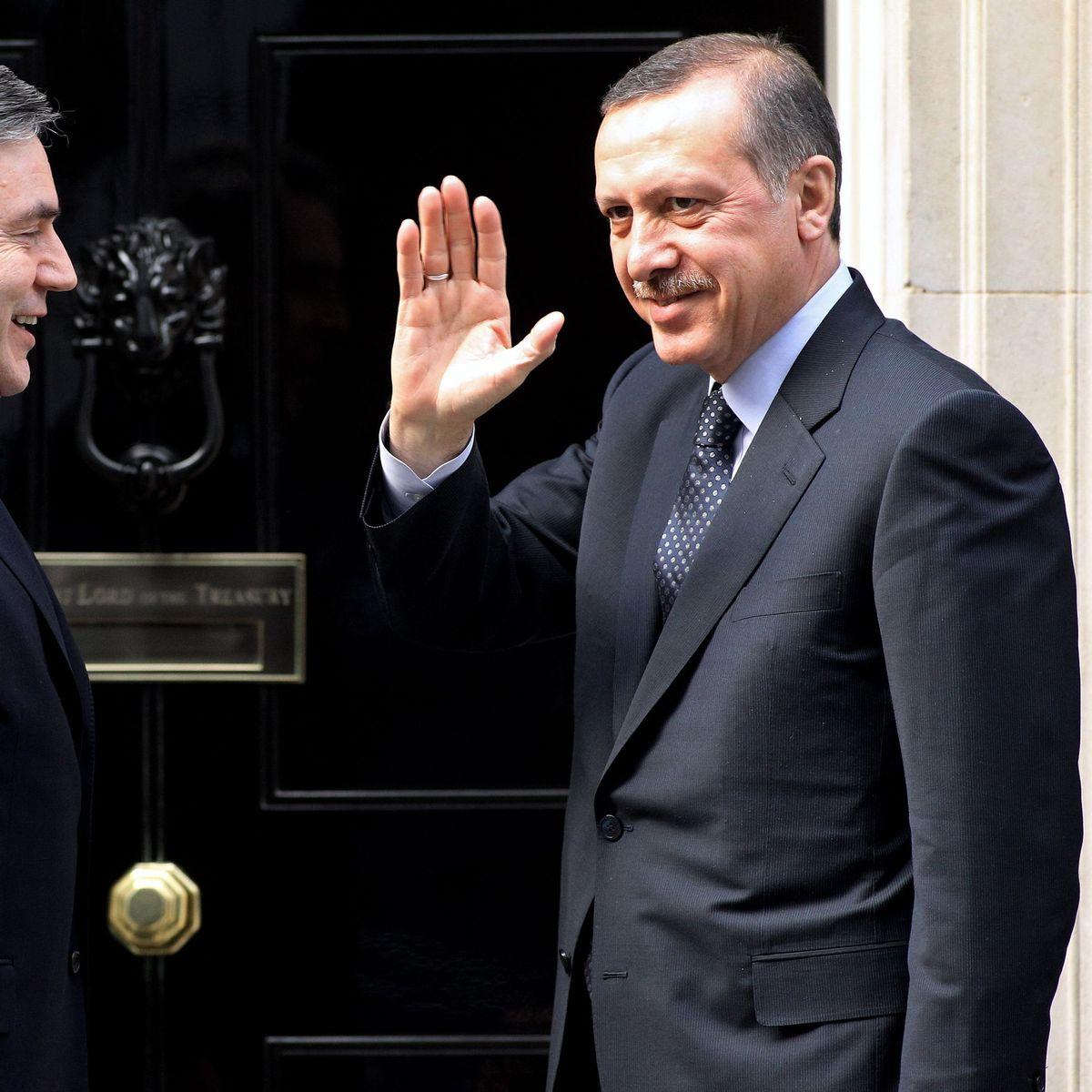 aufregung um treffen in istanbul: erdogan umgarnt deutsch