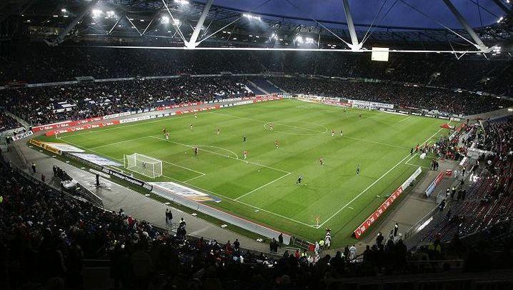 Bundesliga-Stadien: Schmuckkästchen und High-Tech-Arenen