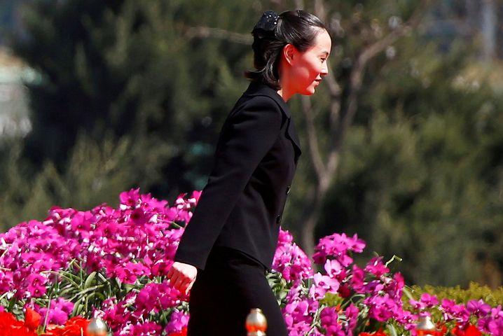 Kim-Schwester Yo Jong