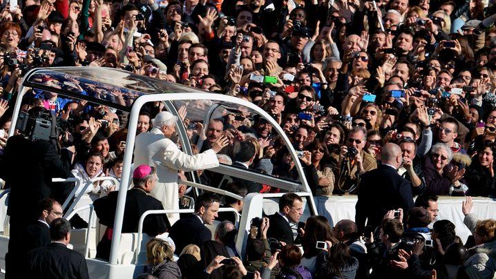 Letzte Audienz von Papst Benedikt XVI: Abschied auf dem Petersplatz