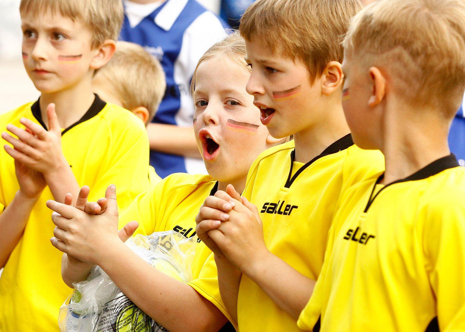 DFB kämpft gegen Jugendschwund
