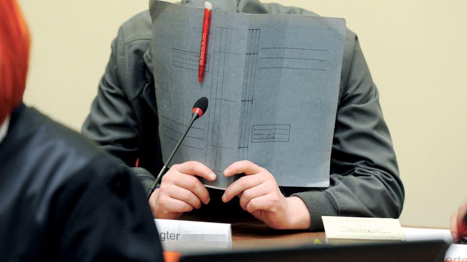 Holger G.: Angeklagt wegen Unterstützung einer terroristischen Vereinigung
