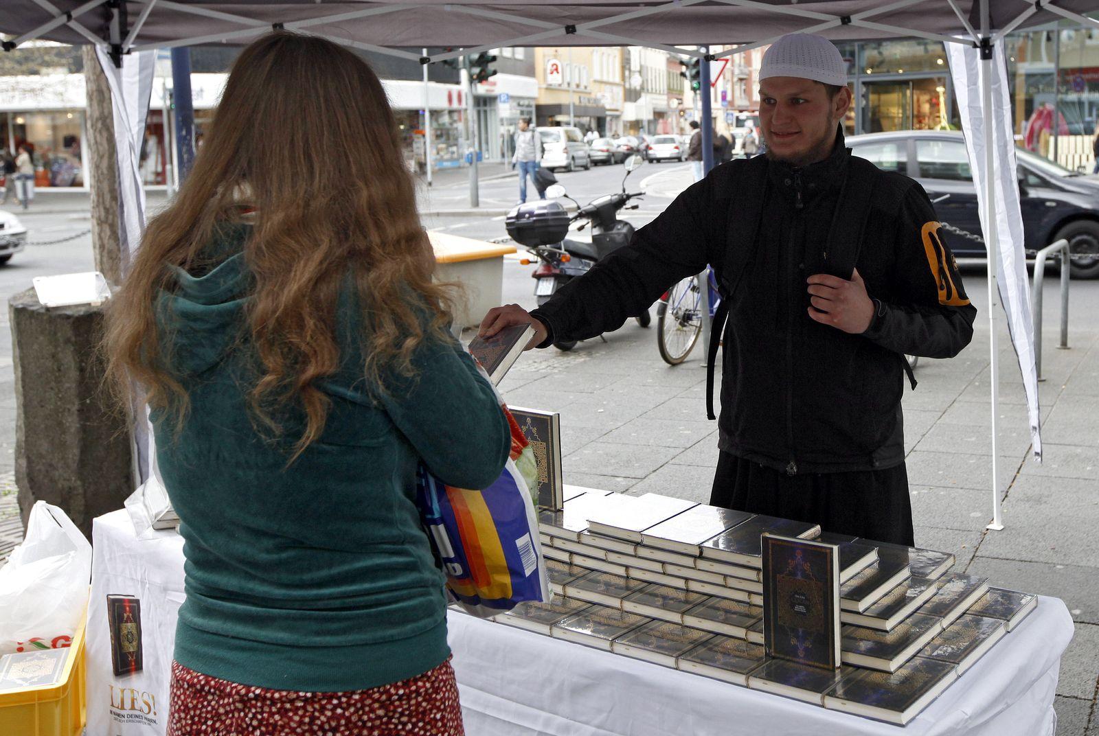 NICHT VERWENDEN Koran Distribution