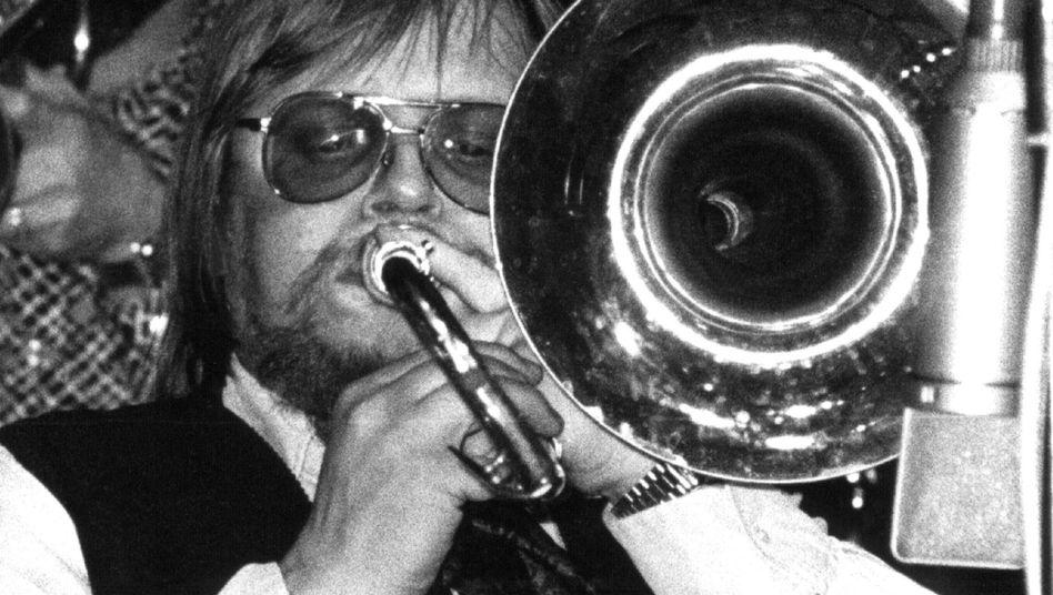 Der Posaunist und Bandleader Peter Herbolzheimer im April 1978: Helmut Kohl ist Fan