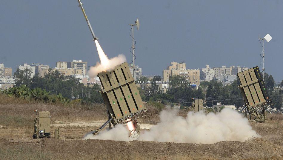 Kommentar zum Nahost-Konflikt: Der Raketenwahnsinn
