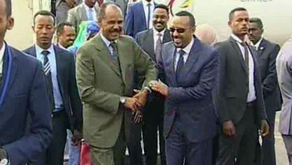 Äthiopiens Regierungschef Abiy Ahmed (r.), Eritreas Präsident Afwerki