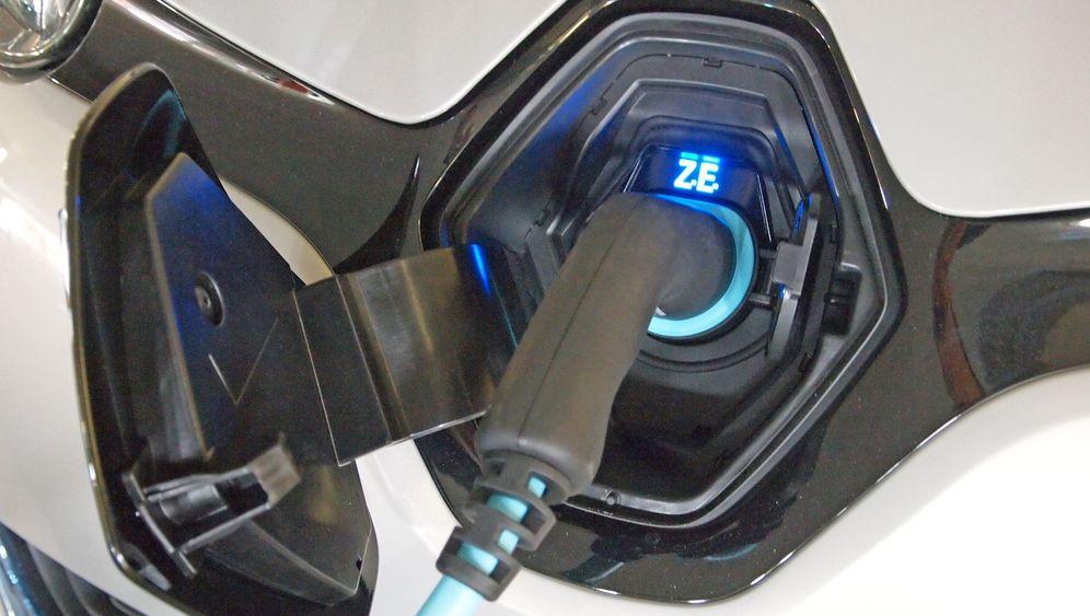 Elektroauto-Infrastruktur: Verspannungen im E-Mobilitäts-Netz