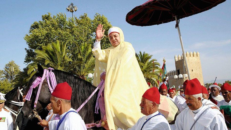 Herrscher Mohammed VI. in Fes 2008: Geschmeidige Antwort auf Demonstrationen im ganzen Land