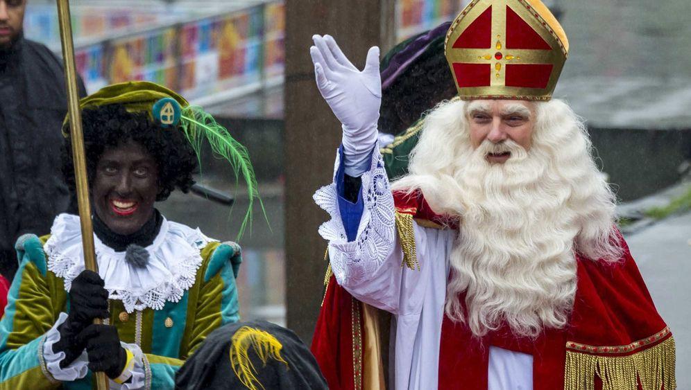 """Nikolaus in den Niederlanden: Der Streit um den """"Zwarte Piet"""""""