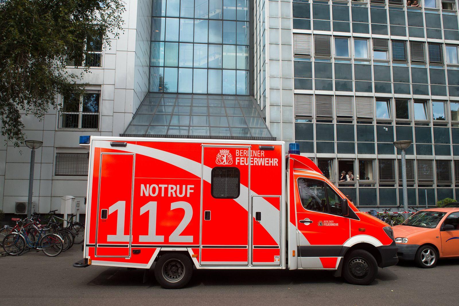 Ebola / Berlin