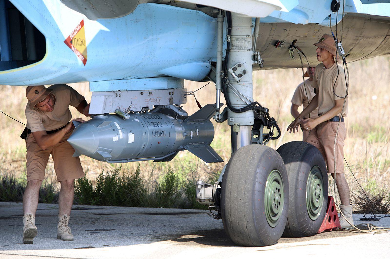 Russischer Jet mit Bombe