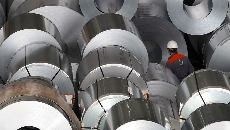"""Stahlwerke (in Salzgitter): Sparpaket """"nicht so scharf, dass es die Konjunktur abwürgt"""""""