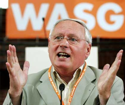 WASG-Spitzenkandidat Lafontaine: Im Osten stärkste Kraft