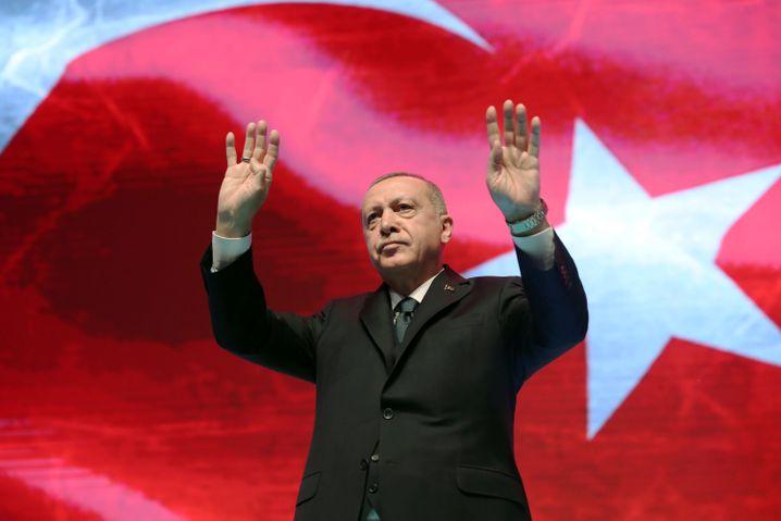 Präsident Erdogan hört zunehmend auf die Nationalisten in seiner Regierung