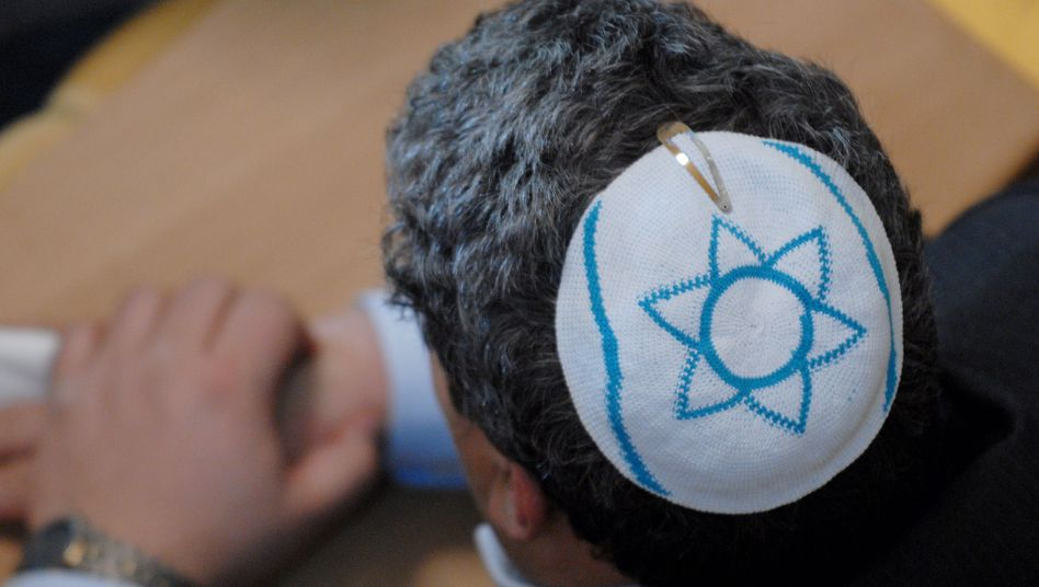 German religious leaders claim that Jewish life will not be possible in the country if a court ruling on circumcision sets a legal precedent.