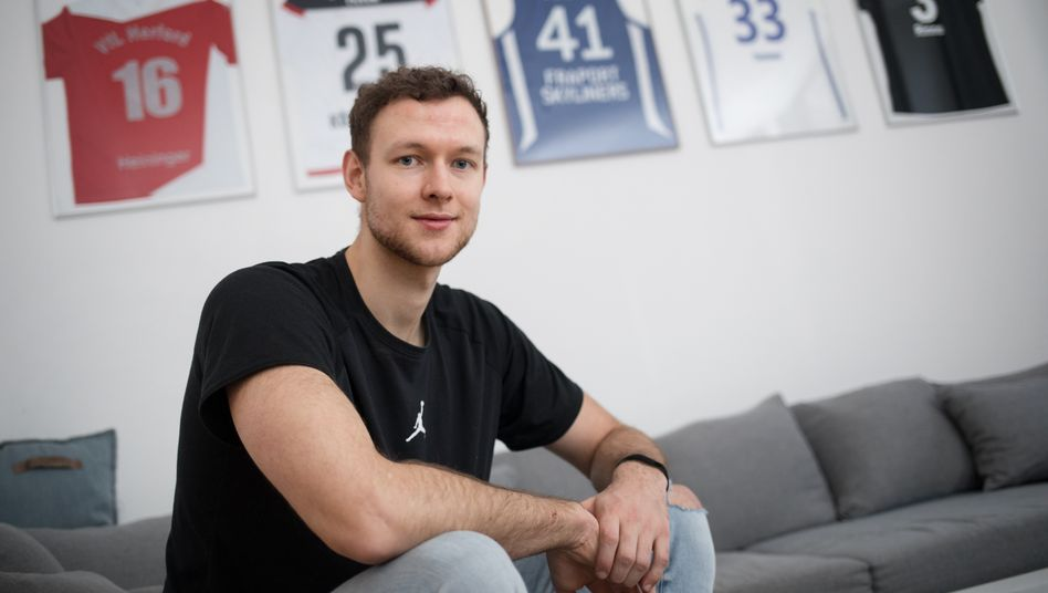 Ehemaliger Basketballer Kiel in seiner Herforder Wohngemeinschaft: »Ok, das war's«