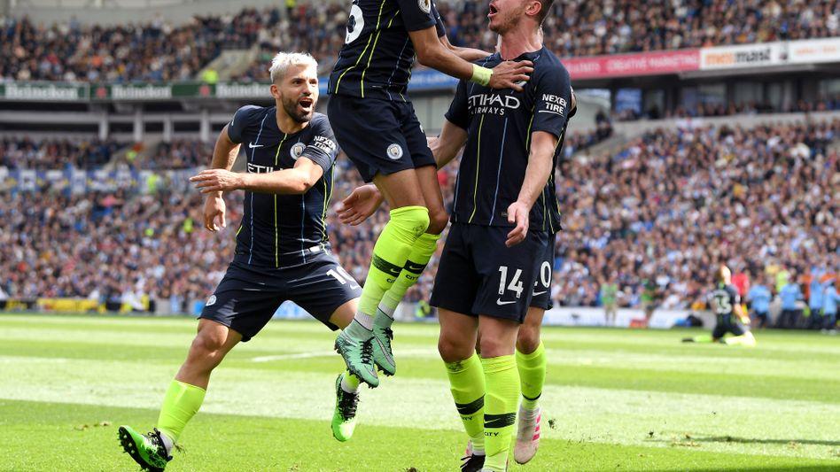 Aymeric Laporte, Riyad Mahrez und Sergio Agüero feiern Laportes Treffer zum 2:1