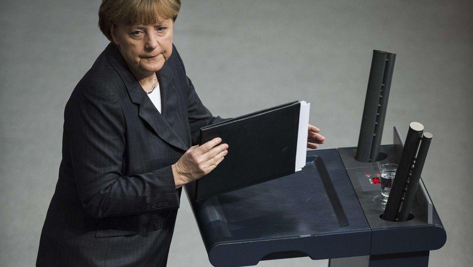 """Kanzlerin im Bundestag: """"Klärung nicht länger ausweichen"""""""