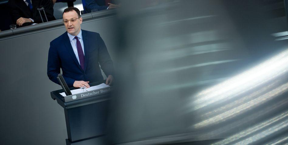 """Jens Spahn: """"Ein Virus mit dem wir keine Erfahrung haben, ist beunruhigend"""""""