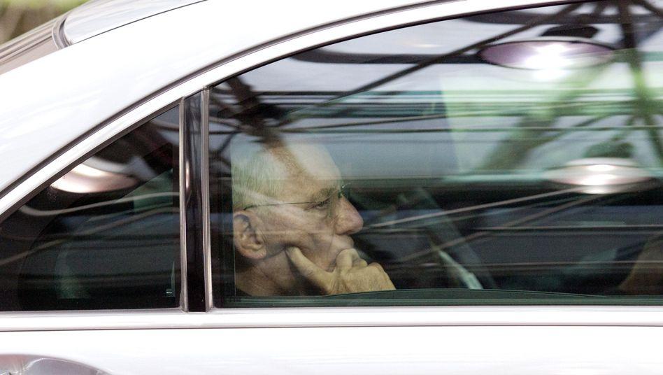 Minister Schäuble: Hier geliebt, dort gehasst