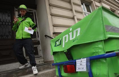 Pin-Zusteller (in Berlin): Kritik an Dumpinglöhnen
