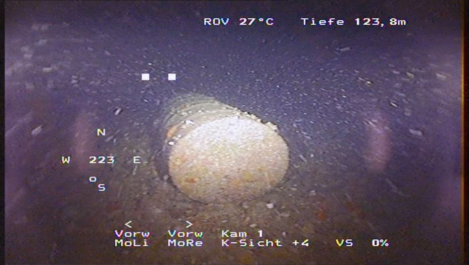An intact barrel of radioactive waste found just kilometers off the French coastline by SWR.