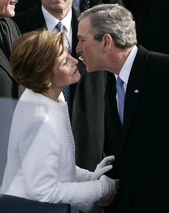 Präsident Bush mit seiner Frau Lauro bei den Feierlichkeiten zur Amtseinführung