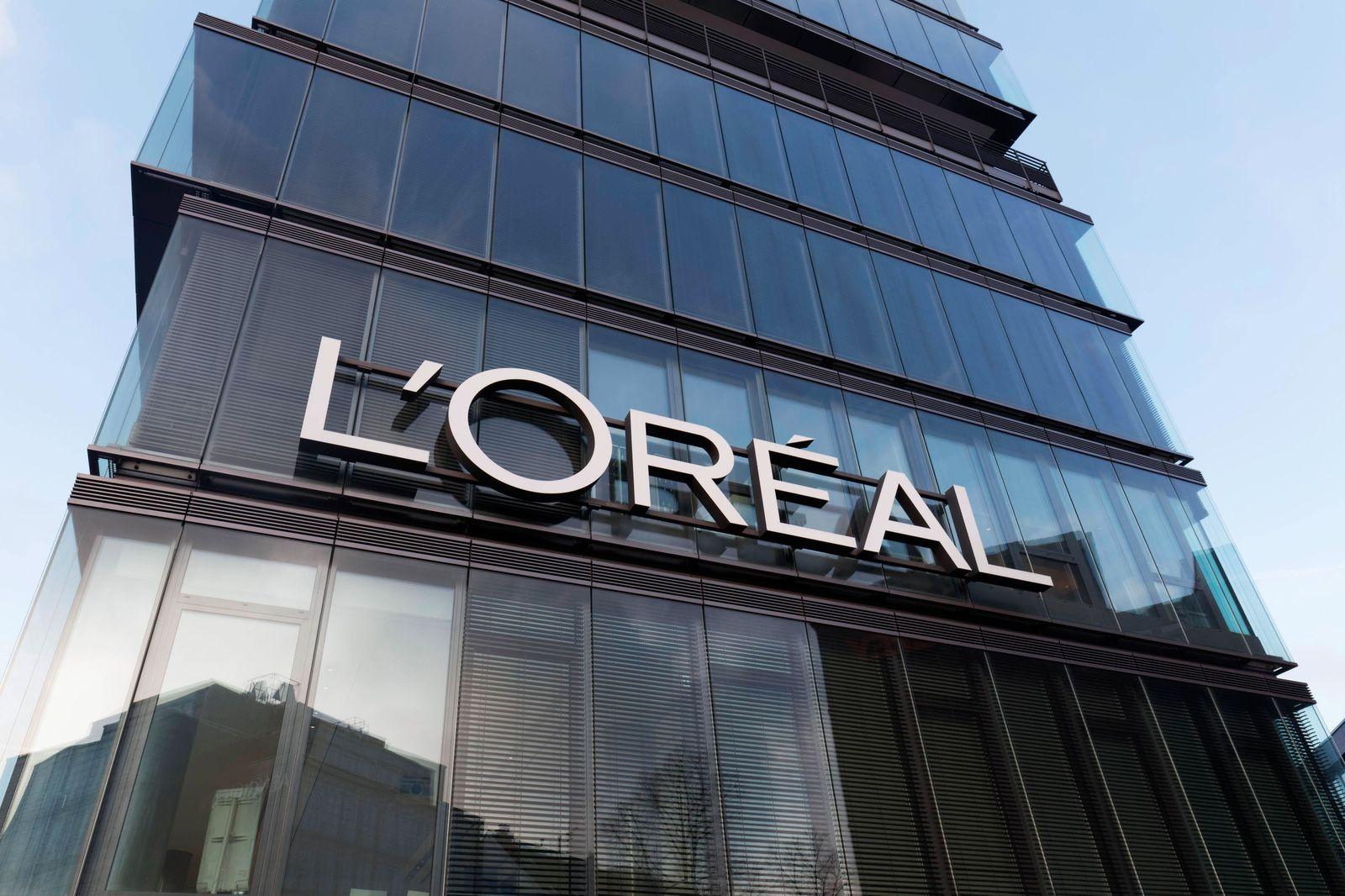 L Oréal, Deutschlandsitz, Düsseldorf, Nordrhein-Westfalen, Deutschland, Europa *** L Oréal, Germany headquarters, Düssel