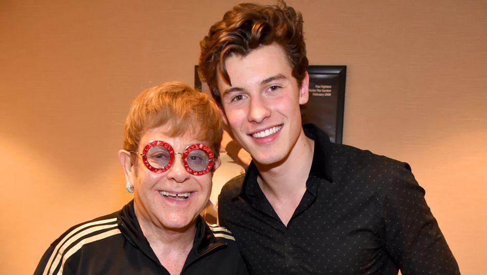 Elton John und Shawn Mendes im Januar 2018