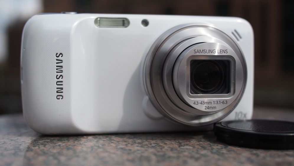 Samsung Galaxy S4 Zoom: So fotografiert die Telefonkamera