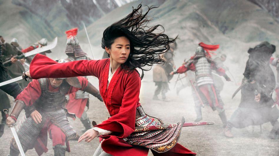 """Liu Yifei im patriotischen China-Märchen """"Mulan"""""""