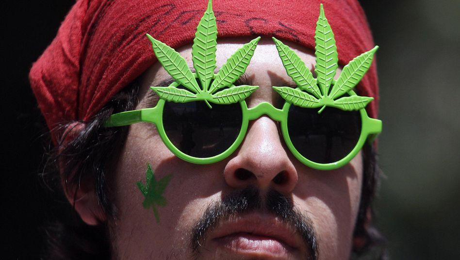 Kiffer-Freund (Symbolbild): Verfahren wegen geringer Mengen Cannabis werden oft eingestellt